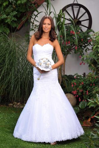 Svatební šaty 382