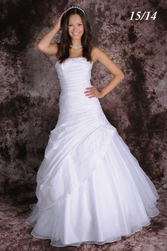 Svatební šaty - 37